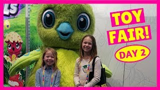 Video Toy Fair - Day 2 - Sneak Peek of ALL NEW Toys for 2018 !!! MP3, 3GP, MP4, WEBM, AVI, FLV Juni 2018