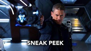 Dc S Legends Of Tomorrow 1x15 Sneak Peek  3