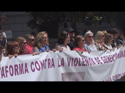 Guadahortuna (Granada) expresa su rechazo por el crimen machista de su vecina