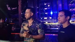 Romeo Santos llegando a Oro Punta Cana