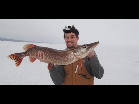 Lake Superior Ice Fishing 18 lb Northern Pike EPIC CATCH
