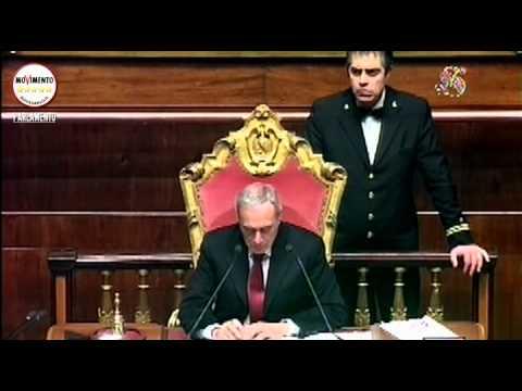 State - L'intervento della portavoce M5S al Senato Laura Bottici e Giuseppe Vacciano nel corso della seduta del 18 dicembre 2014 sui i disegni di legge di stabilità (ddl 1698) e di bilancio (A.S....