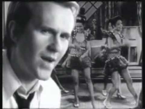 Howard Jones - Lift Me Up lyrics