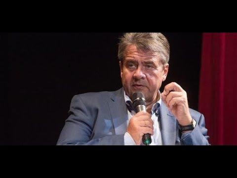 Sigmar Gabriel nimmt Heinz Buschkowsky in Schutz