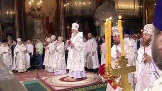 Светлая седмица: православные прославляют воскресшего Спасителя