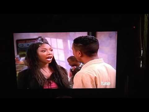 Moesha TV Series: Aaron Makes a Surprise for Moesha and Moesha Gets a Gift