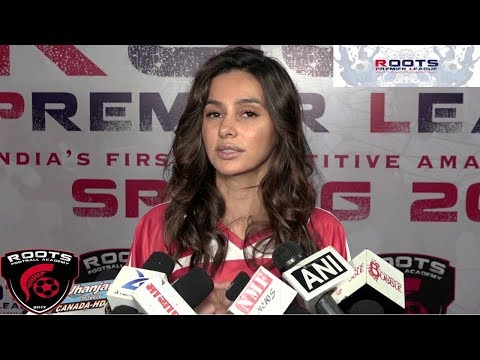 Shibani Dandekar At Inauguration Of Roots Premier League Spring Season 2018