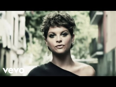 Alessandra - Music video by Alessandra Amoroso performing La Mia Storia Con Te. (C) 2010 Sony Music Entertainment Italy S.p.A..