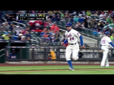 Video: ATL@NYM: Duda bloops an RBI single into left field