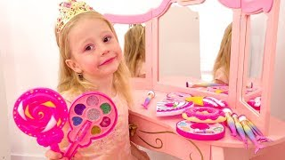 Video Nastya playing with make up toys and dress up MP3, 3GP, MP4, WEBM, AVI, FLV Juni 2019