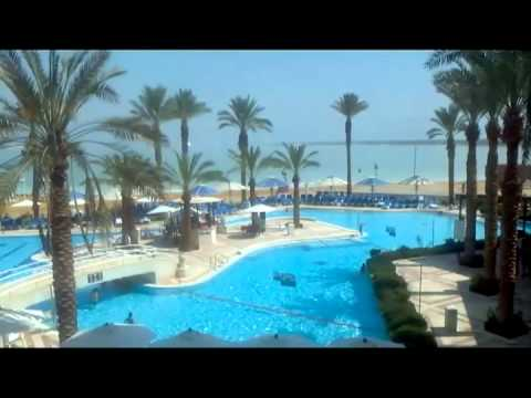 A tour of the Crown Plaza Dead Sea Hotel. (видео)