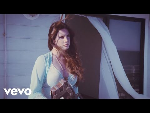 Lana Del Rey - High By The Beach (видео)