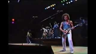 Journey - The Party Is Over [Hopelessly In Love] Live In Tokyo 31-07-1981 High Quality ==Please subscribe if you liked this video. The amount of new videos w...