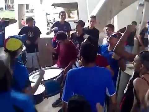Barra La Petrolera Previa Zulia FC - Dvo. Petare 10-08-2014 - La Petrolera - Zulia