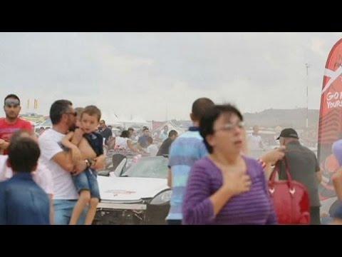 Μάλτα: «Έριξε» την Πόρσε στους θεατές-Δεκάδες τραυματίες