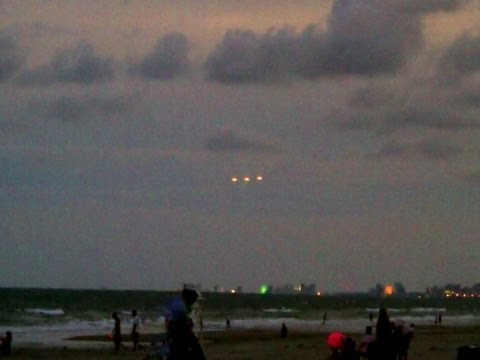 Breaking News UFO Sightings Witnessed by Hundreds Over Myrtle Beach August 26, 2012 Watch Now!