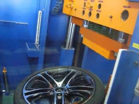 Испытание диска WSP Italy W677 XENIA X3 на удар обода (BMW)