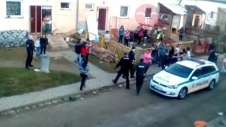 Słowacka policja robi porządek w romskiej dzielnicy