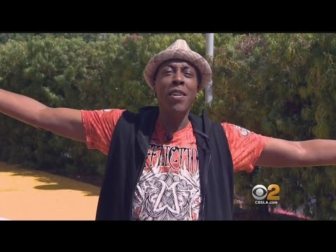 Arsenio Hall Is Suing Sinead O'Connor