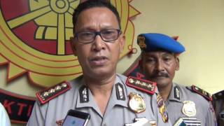 Video Pengendara Yang Maki Anggota Satlantas Diperiksa Polisi MP3, 3GP, MP4, WEBM, AVI, FLV November 2017