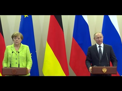 Putin & Merkel hold joint press conference in Sochi (streamed live)