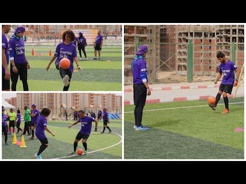 لأول مرة.. فتيات يواجهن الشباب وجهاً لوجه في مباراة كرة قدم