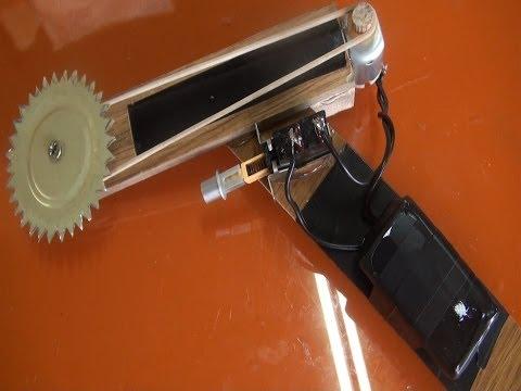 sierra casera - Videos sobre ballestas y fabricación - Ballesta de asalto X men 3 http://youtu.be/Ntqg90Nlwc8 - Ballesta de asalto X men 2 http://youtu.be/Ich2vIBW1hk - Ball...