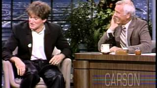 Robin Williams Crazy First Appearance On Johnny Carson's Tonight Show