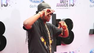2 Chainz Looking Rich AF On The Red Carpet Of The BET AWARDS 2013