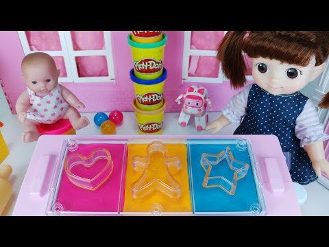 Baby Doll and Play Doh cookie cooking food toys pororo play 아기인형 쿠키 플레이도우 과자 만들기 뽀로로 장난감놀이 - 토이몽
