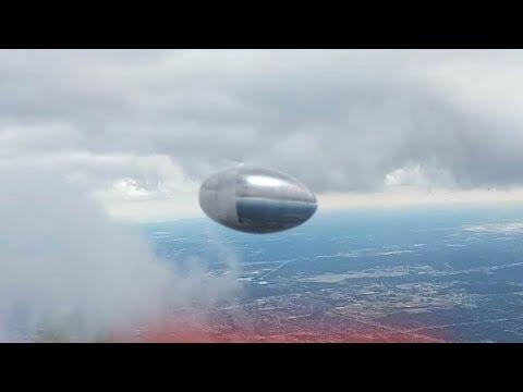 OVNI en Tijuana 10/10/2017 / Compilación OVNIS 2017 / Universo Paranormal UFO/OVNIS 2017 (видео)