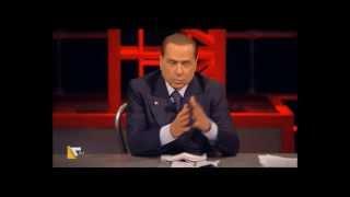 Silvio Berlusconi lettera a Marco Travaglio, poi pulisce la sedia ( La7 , Santoro )  10/01/2013
