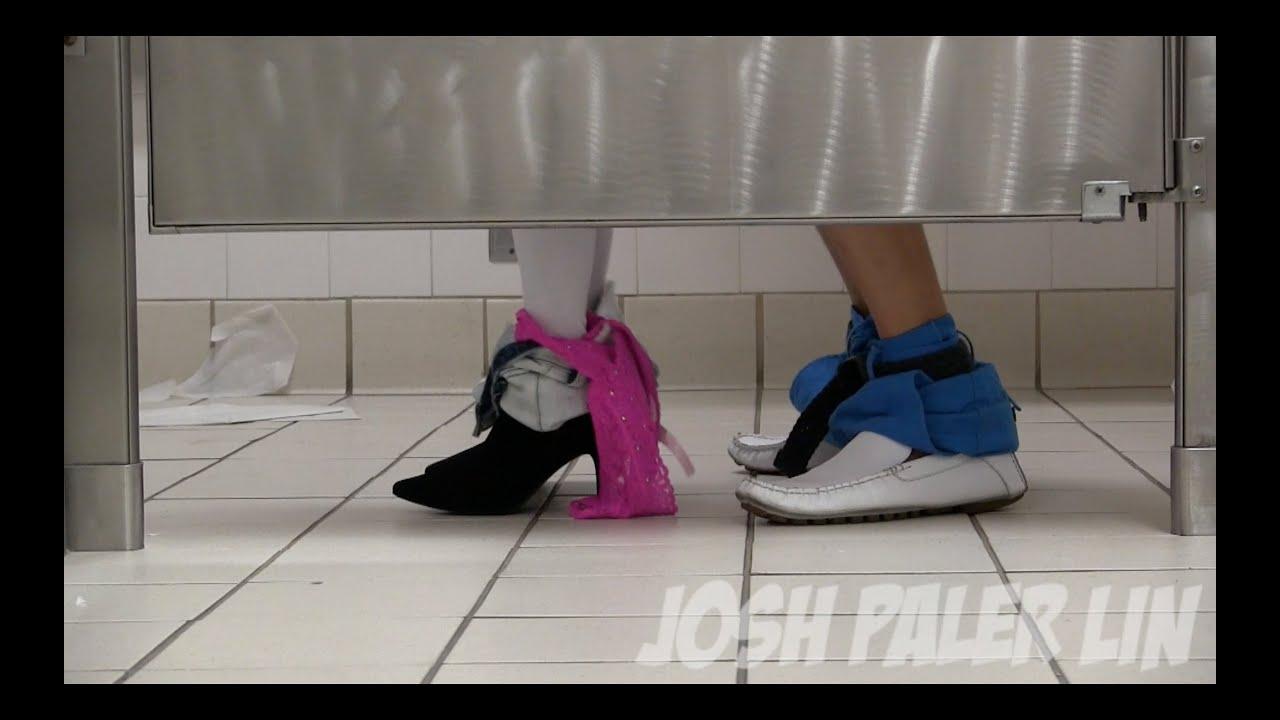 Seks u toaletu