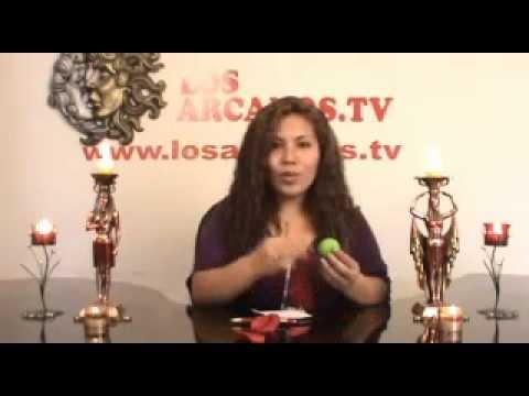 42 http://www.losarcanos.tv Hechizos de amor para conquistar a una