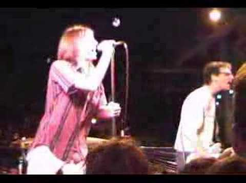 Mudhoney - Hate The Police lyrics