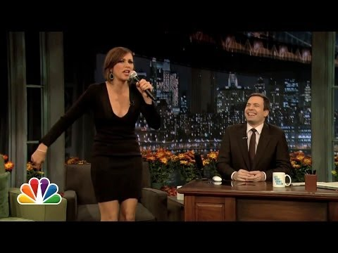 Rashida Jones: I Love Stuffing (Late Night with Jimmy Fallon)