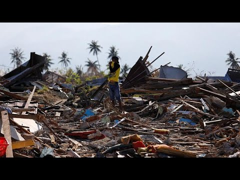 Ινδονησία: 2.000 νεκροί και 5.000 αγνοούμενοι