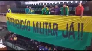 Intervencionistas tomam a Câmara Municipal em Uberlândia   MG