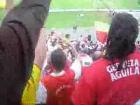 La Guardia Albi Roja Sur vs nazioanal - La Guardia Albi Roja Sur - Independiente Santa Fe - Colombia - América del Sur