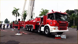 Video Pemkot Surabaya Sambut Mobil Pemadam kebakaran seharga 58 Miliar Rupiah  - NET. JATIM MP3, 3GP, MP4, WEBM, AVI, FLV Januari 2019