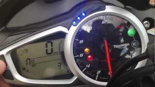 4. Dash Menu Run Through New Triumph Street Triple R 2013