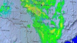 Abril começa chuvoso e muda cenário do outono em Bauru