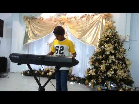 Video Vaarayo Vaarayo Kaathal Kolla - Ryan's Solo Keyboard Performance - Jingles III @ OLOL, SG. download in MP3, 3GP, MP4, WEBM, AVI, FLV January 2017