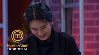 Video MASTERCHEF INDONESIA - Chef Renatta Gak Bisa Tahan Ketawa | Gallery 8 | 7 April 2019 MP3, 3GP, MP4, WEBM, AVI, FLV Mei 2019