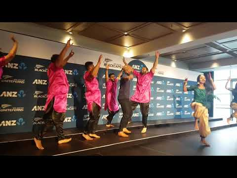 Shikhar Dhawan Forced To Dance In NZ 2019