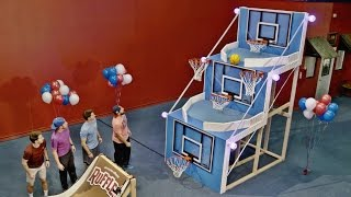 Giant Basketball Arcade Battle