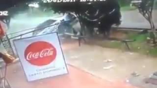 coca cola comercial Parodia de accidente