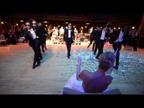 超火熱!更勝最美新娘熱舞!新郎突然要求新娘不准動,接下來發生的事,讓新娘尖叫連連!