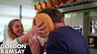 Video Gordon Ramsay Helps Matilda Cook A Giant Burger MP3, 3GP, MP4, WEBM, AVI, FLV November 2018