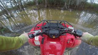 10. 2018 yamaha kodiak 700 hitting some trails, deep water and mud